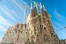 La Sagrada Familia and God as unhurried client