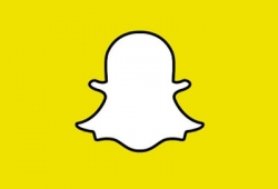 Snapchat and digital dualism
